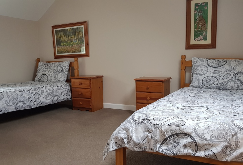 Twin room at Vineyard Vale Cottage